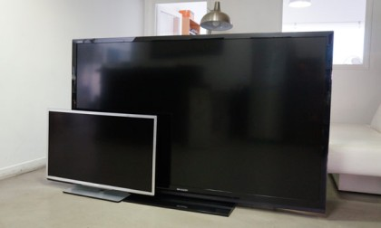 """Sharp Aquos LC-80LE645E comparada con un televisor de 40"""""""